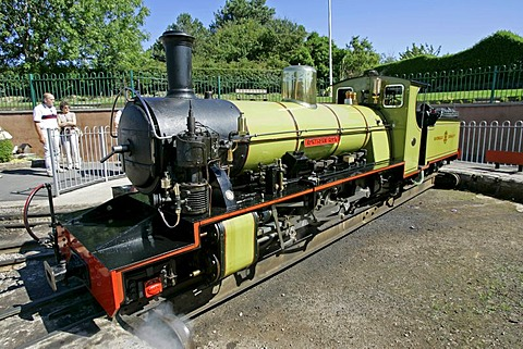 Ravenglass, GBR, 20. Aug. 2005 - Steam locomotive of Ravenglass Railway on station Ravenglass in the Lake Distrct.