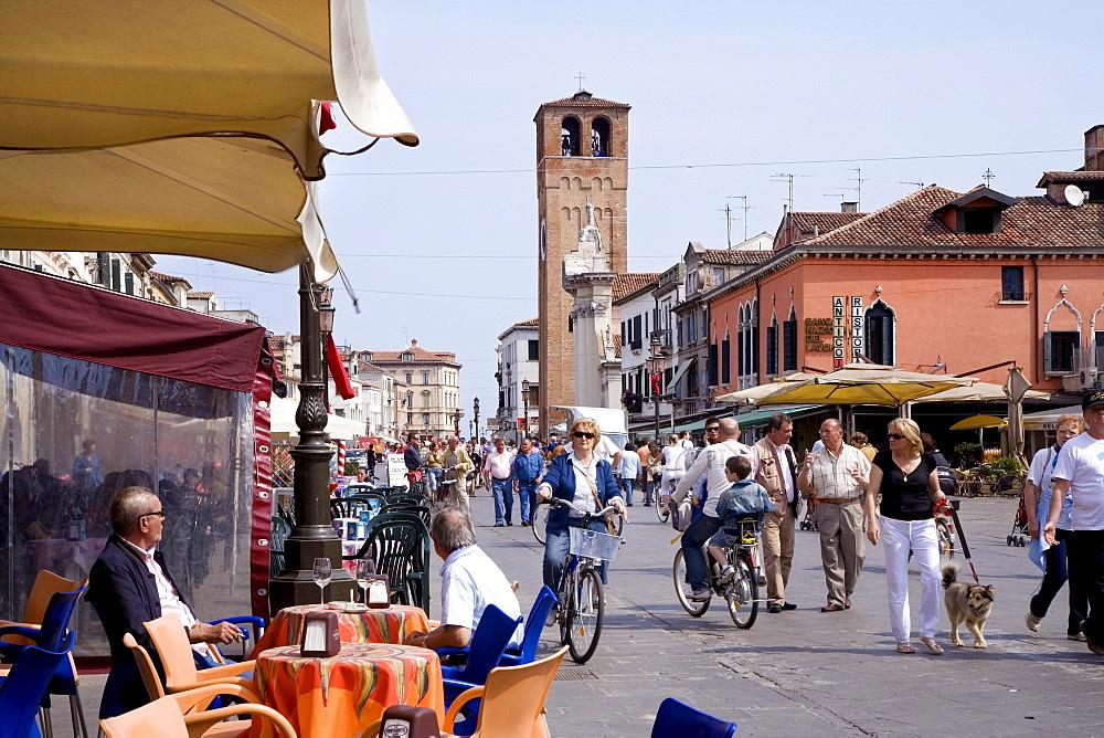 Cafe on the Corso del Popolo, Chioggia, Lagoon, Venice, Italy, Europe