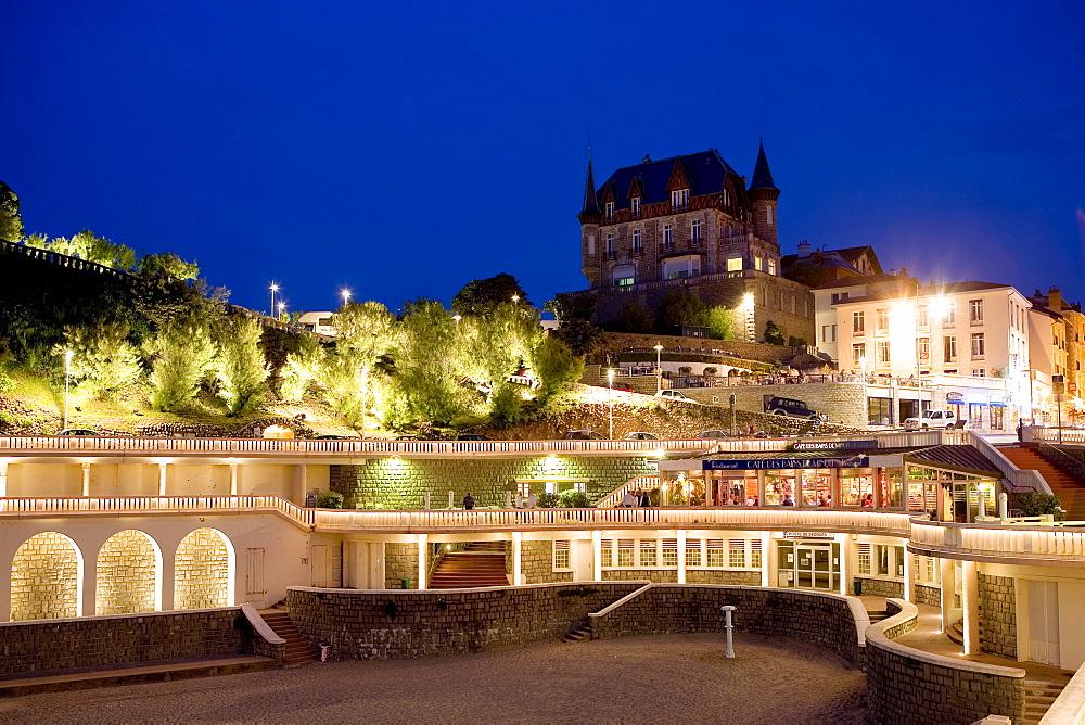 Old Harbour, Port Vieux and Les Bains de Minuit Restaurant, Biarritz, Basque Country, South France, France, Europe