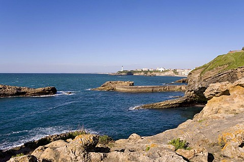 Rocky coast and St. Martin Lighthouse, Biarritz, Basque country, Southern France, France, Europe