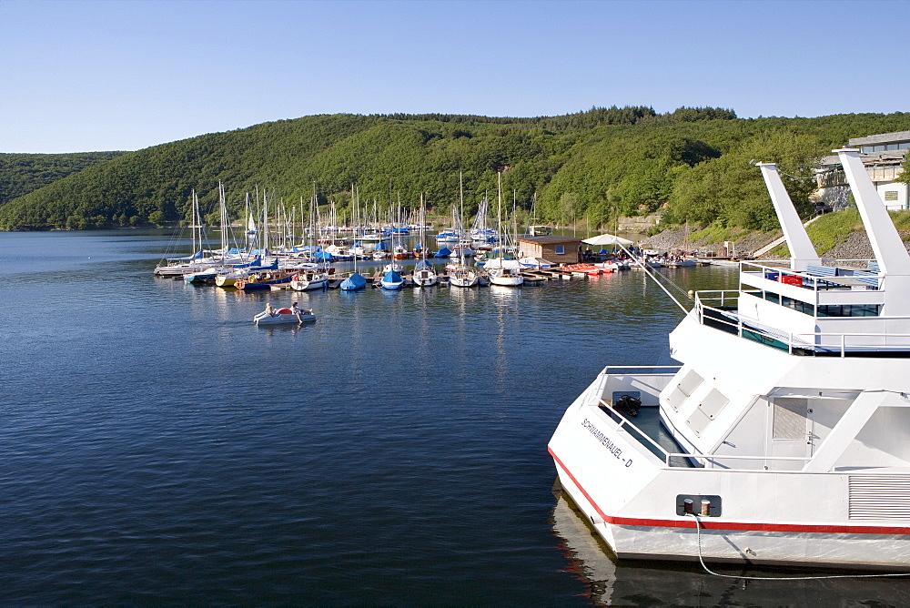 Boats, Schwammenauel landing, Rur River Dam, Eifel Range, North Rhine-Westphalia, Germany, Europe