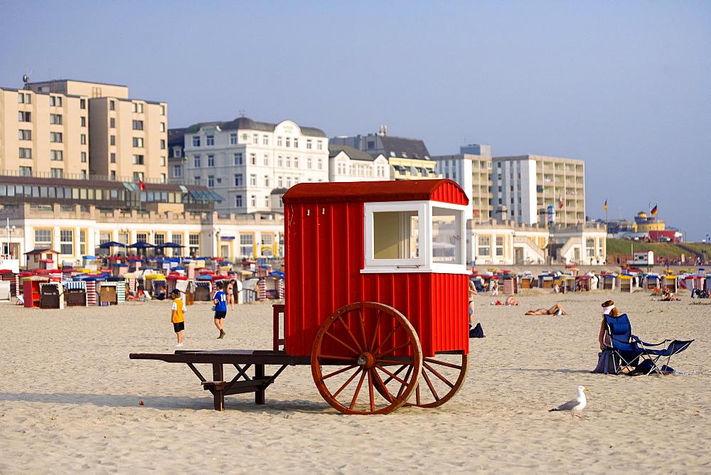 Historic bathing cart on the beach, Borkum, East Frisian Islands, East Frisia, Lower Saxony, Germany, Europe