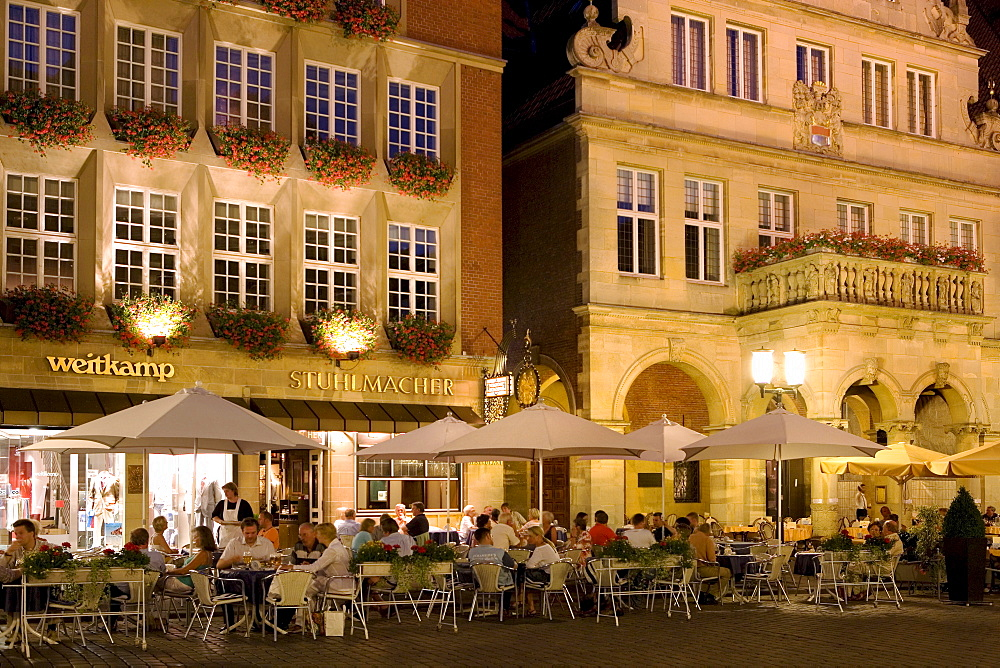 Restaurant in front of the City Wine House at the Prinzipalmarkt, Muenster, North Rhine-Westphalia, Germany, Europe