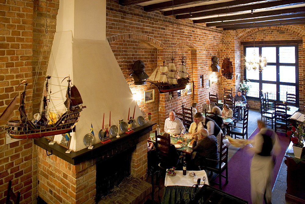 """""""Alter Schwede"""" Guesthouse, from 1380, interior view, at the Wismar Marktplatz Square, Mecklenburg-Western Pomerania, Germany, Europe"""