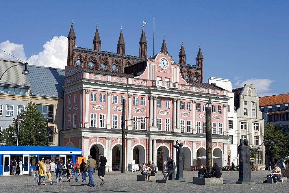 City Hall, Neuer Markt, Rostock, Mecklenburg-Western Pomerania, Germany, Europe