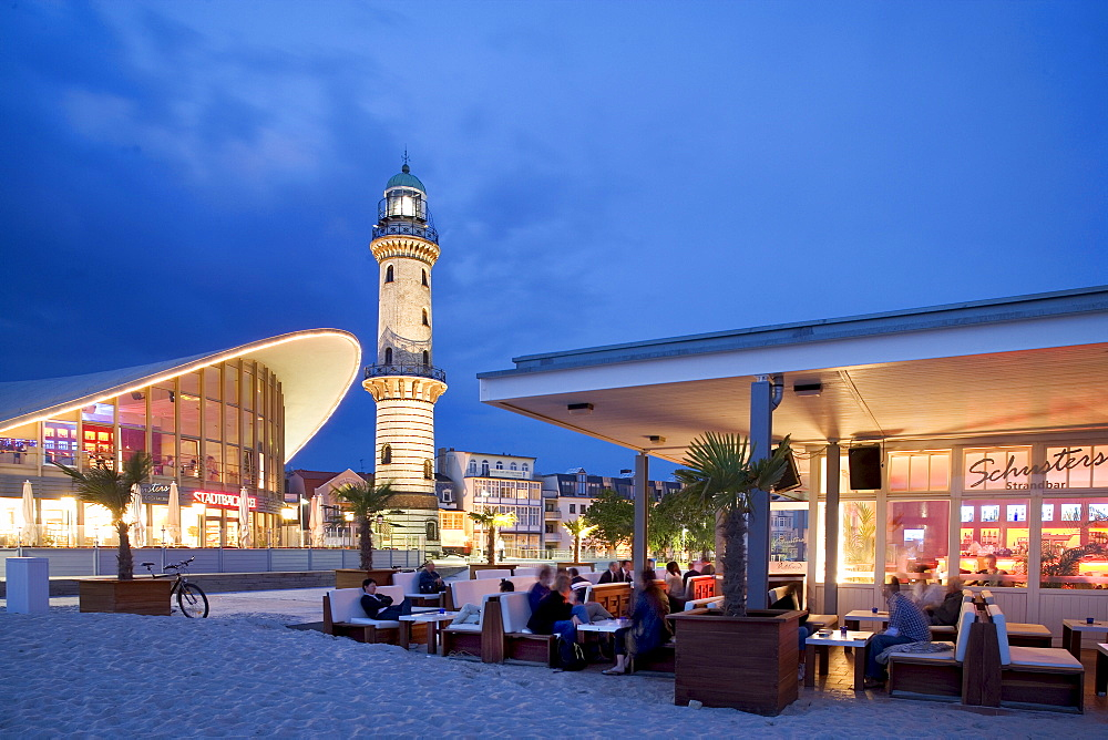 Schusters Strandbar, beach bar, Teapot and Lighthouse, Warnemuende, Rostock, Mecklenburg-Western Pomerania, Germany, Europe