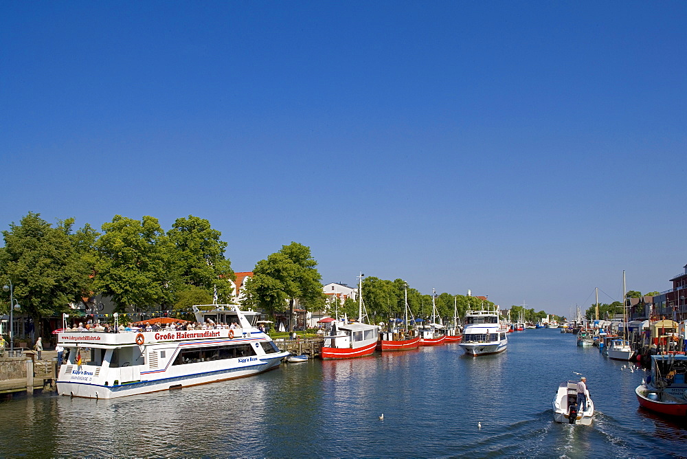 Boats on the channel, Am Strom, Warnemuende, Rostock, Mecklenburg-Western Pomerania, Germany, Europe