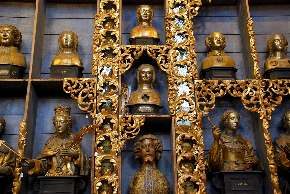 "The ""Golden Chamber"" housing relics in St. Ursula's Church, Romanesque church in Cologne, North Rhine-Westphalia, Germany, Europe"