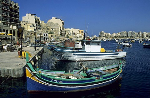 Fishing boats in the harbour of St. Julian, Valetta, La Valetta, Malta