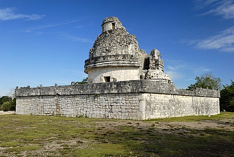 El Caracol, observatory, Maya and Toltek archeological site Chichen Itza, new worldwonder, Yucatan, Mexico