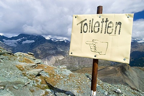 Way sign to the toilett, Matterhorn, Valois, Switzerland