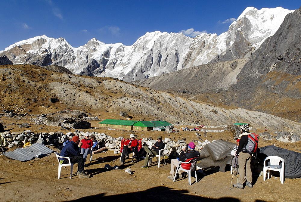 Trekking lodge at Dzonglha (4830), Chola Khola Tal, Khumbu Himal, Sagarmatha National Park, Nepal