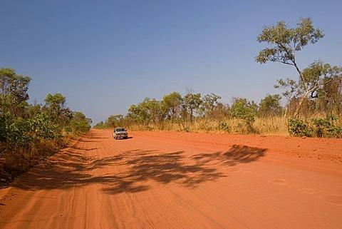 Four-wheel drive, dirt road, Cape Leveque Road, Dampier Peninsula, Western Australia, WA, Australia