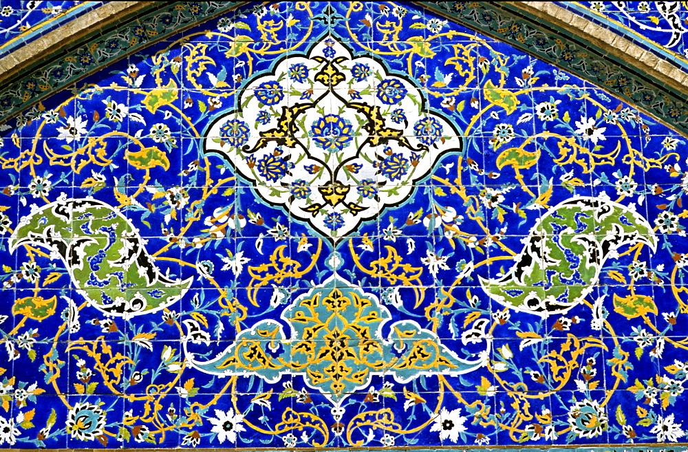Tile mosaik, Shaikh Lotfollah mosque, Isfahan, Iran