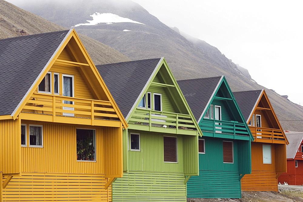 Houses in Longyearbyen, Spitsbergen, Svalbard, Norway, Europe