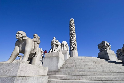 Monolith Plateau, granite sculptures by Gustav Vigeland in Vigeland Sculpture Park, Frogner Park, Oslo, Norway, Scandinavia, Europe