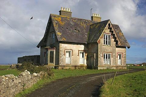 House at the coast in Easky , Easky , Sligo , Connacht , Ireland , Europe - 832-366297