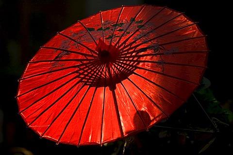 Red parasol, Shanghai, China, Asia - 832-366502