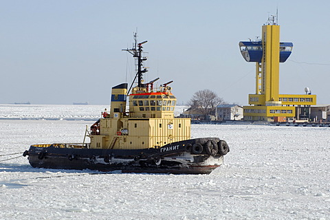 The Odessa seaport is blocked by ice, frozen Black Sea, a rare phenomenon, last time it occured in 1977, Odessa, Ukraine, Eastern Europe
