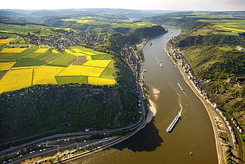 Aerial view, Loreley rock, Sankt Goarshausen, Rhine River, low water, Upper Middle Rhine Valley World Heritage site, Rhineland-Palatinate, Germany, Europe