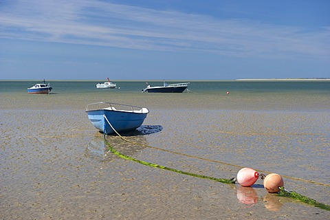 Blue rowing boat on the beach of Utersum, Foehr island, North Frisia, Schleswig-Holstein, Germany, Europe