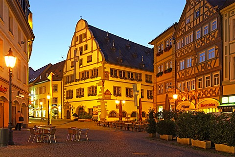 Marktplatz square and the town hall at dusk, Kitzingen, Lower Franconia, Franconia, Bavaria, Germany, Europe