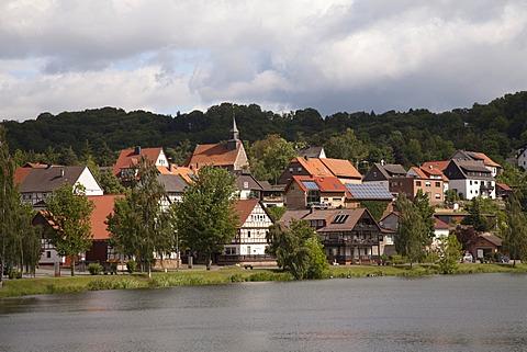 View of the village of Nieder-Werbe on Edersee reservoir, spa resort of Waldeck, Waldecker Land region, Edertal, Hesse, Germany, Europe, PublicGround