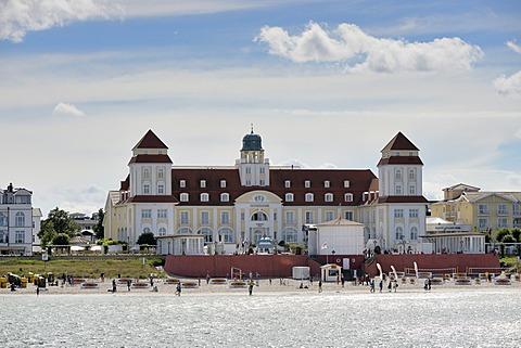 Beach and the Kurhaus spa building, Binz, Mecklenburg-Western Pomerania, Germany
