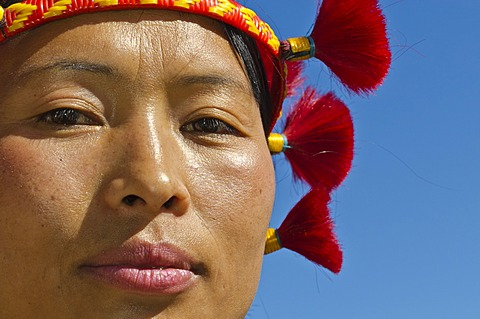 Woman of the Samdom tribe with traditional headdress at the annual Hornbill Festival, Kohima, Nagaland, India, Asia