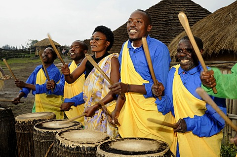 Traditional drummers during a folklore event in a village of former hunters near the village of Kinigi on the edge of the Volcanoes National Park, Parc National des Volcans, Rwanda, Africa
