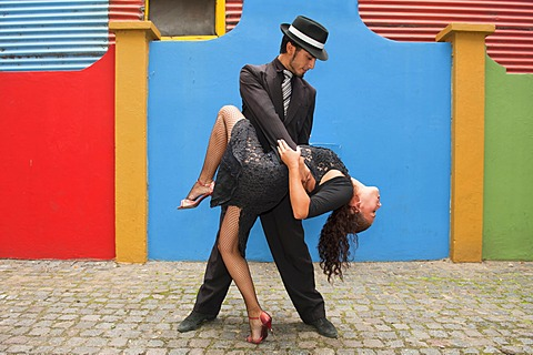 Couple of Tango dancers, El Caminito street, La Boca district, Buenos Aires, Argentina, South America - 832-369309