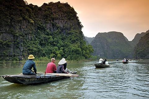 Near Ninh Binh, Tam Coc Caves, dry Halong Bay, Vietnam, Southeast Asia