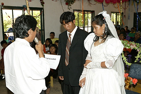 Bridal couple getting the marriage document, Indian wedding, Loma Plata, Chaco, Paraguay, South America