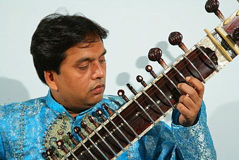 Sita player, Bareilly, Uttar Pradesh, India, Asia
