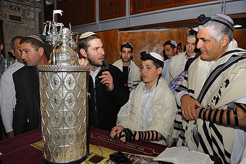 Bar Mitzvar, Jewish coming of age ritual, public reading from the books of the Prophets, Haftarah, Western Wall or Wailing Wall, Old City of Jerusalem, Arab Quarter, Jerusalem, Israel, Middle East