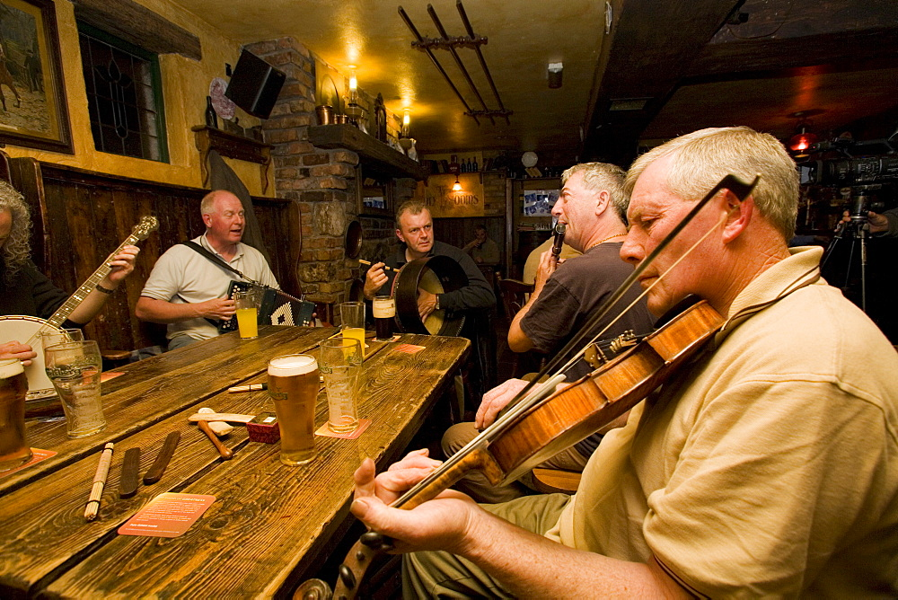 Musicians at a pub session in The Moy, County Tyrone, Ulster, Northern Ireland, United Kingdom, Europe