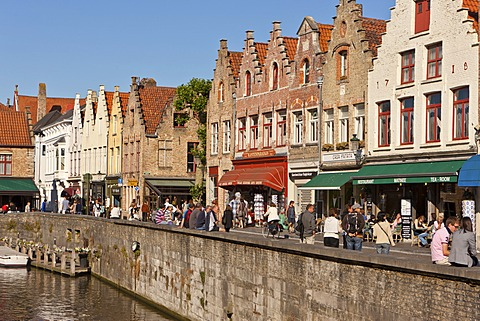 Historic Centre with guild houses at Rozenhoedkaai, Quai of the Rosary, historic town centre of Bruges, UNESCO World Heritage Site, West Flanders, Flemish Region, Belgium, Europe
