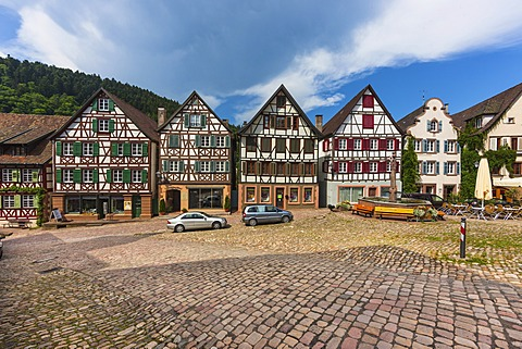 Half-timbered houses, Marktplatz square with the town fountain, Schiltach in the Kinzig Valley, Black Forest, Baden-Wuerttemberg, Germany, Europe, PublicGround