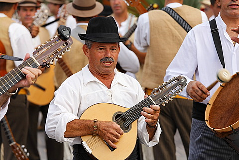 Folklore group in Maspalomas, Gran Canaria, Spain - 832-371641