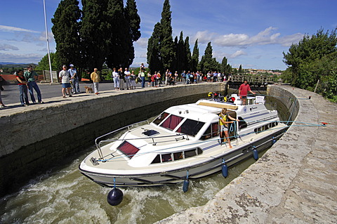 Boat, Fonserannes Lock, Canal du Midi, Midi, France, Europe