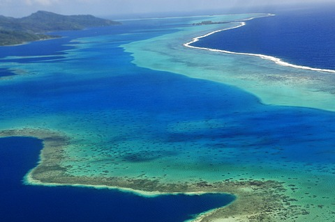 Raiatea or Ra'iatea, outer reef, atoll, Leeward Islands, Society Islands, French Polynesia, Pacific Ocean