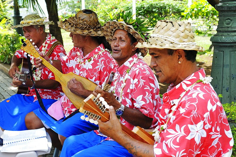 Tahitians playing music, Papeete, Tahiti, Society Islands, French Polynesia, Pacific Ocean