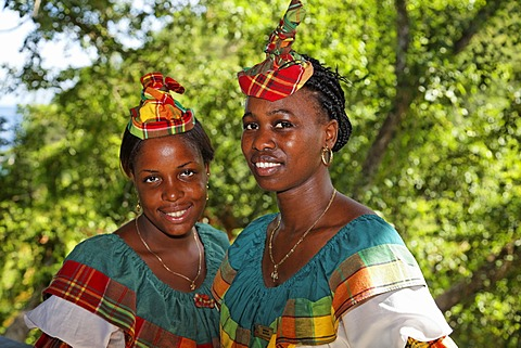 Waitresses in traditional garb, Saint Lucian, Luxury Hotel Anse Chastanet Resort, LCA, St. Lucia, Saint Lucia, Island Windward Islands, Lesser Antilles, Caribbean, Caribbean Sea