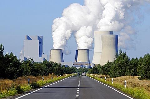 Cooling towers of Schwarze Pumpe Power Station, Industriepark schwarze Pumpe, Spremberg, Oberlausitz, Brandenburg, Germany