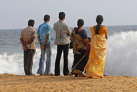 Indian people on the beach, Chowara, Kerala, South India, India, Asia - 832-372384