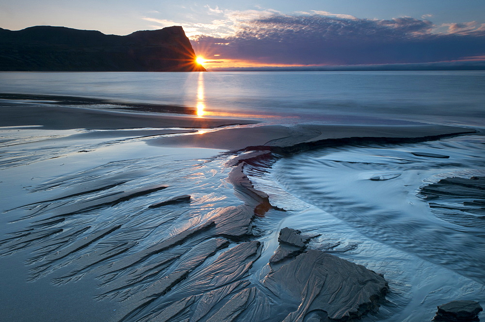 Sunset, mouth of the Horná creek in Hloeðuvík, Hloeduvik, Hornstrandir, Westfjords, Iceland, Europe