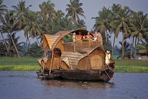 Tourists on a Kettuvallam houseboat, backwaters, channels, Kerala, coast of Malabar, southern India, India, Asia