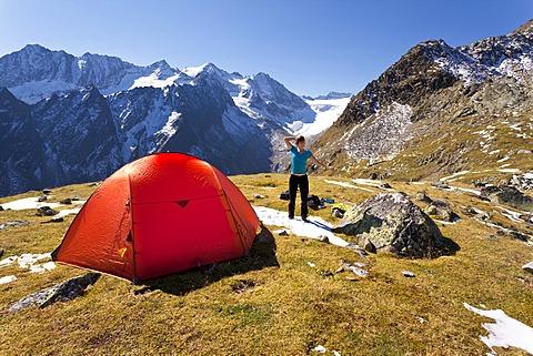 Tent in the Stubai Alps, Lake Rinnensee, Tyrol, Austria, Europe