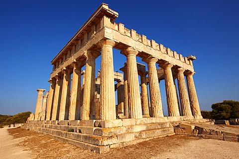 The Greek Doric Temple of Aphaia, 500 BC, Aegina, Saronic Gulf Islands, Greece, Europe