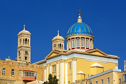 Neo-classic Greek Orthodox church of Saint Nicholas, Ermoupolis, Syros, Cyclades Islands, Greece, Europe